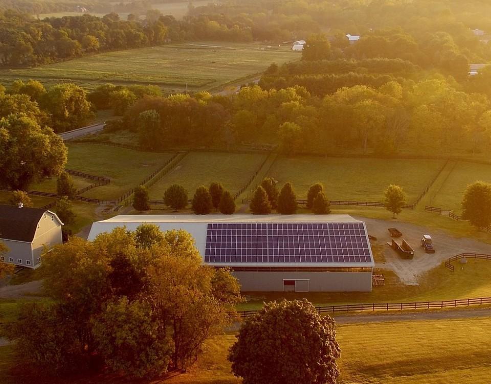 solar-farm-4443338_1920